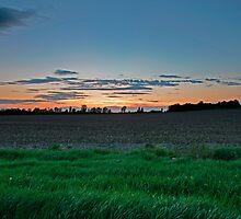 Big dying sky by Chris Kiez