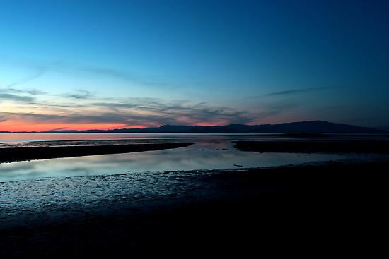 Parksville Beach - Sky Darkening by rsangsterkelly