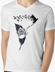 Vintage print with Edgar Alan Poe Poem and Raven Silhouette: Break Free  Mens V-Neck T-Shirt