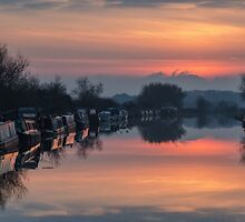 The Gloucester and Sharpness Canal by Steve  Liptrot