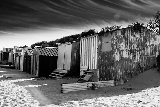 Decaying Beach Huts  by lendale