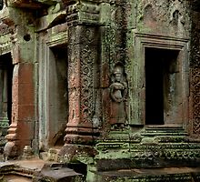 Kmier Ruins At Angkor Wat by Bob Christopher