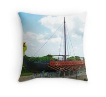 Viking Bay, Broadstairs Throw Pillow