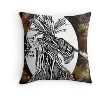Tangi a te Ruru Throw Pillow