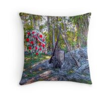 To Honor Fallen Heroes Throw Pillow