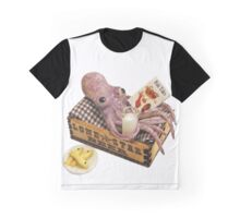 squid relaxing Graphic T-Shirt