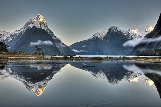 Sunrise over Mitre Peak - New Zealand by Kimball Chen
