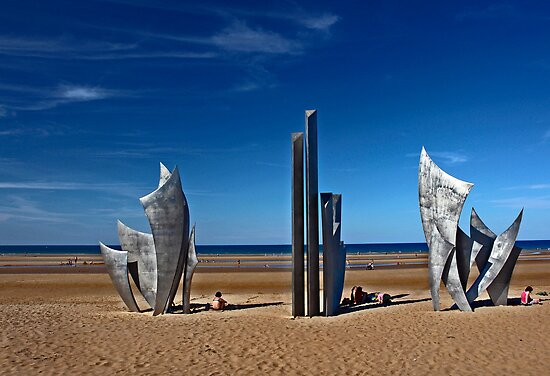 Summer day at Omaha Beach by cclaude