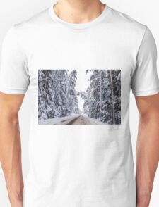 Winter's road T-Shirt