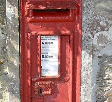Old V R Postbox  Cornwall by lynn carter