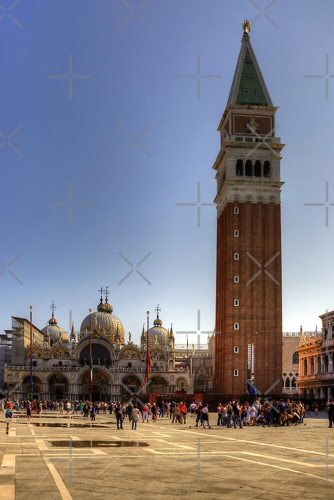 St Mark's Basilica and Camponile by Tom Gomez