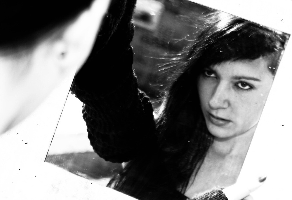 Darina in mirror by RadioN