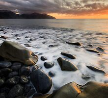 Kaikoura, Day Break by Michael Treloar
