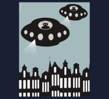 Aliens invading Amsterdam One Piece - Short Sleeve