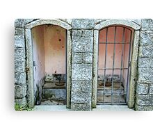 Old toilet in Lucolena - Toscana Canvas Print