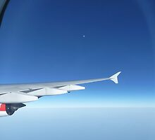 Qantas Moon by amkaberry