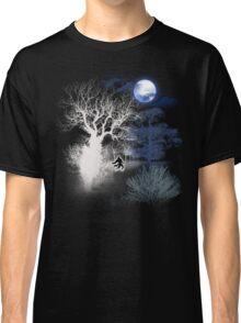 HOWLING MOON Classic T-Shirt