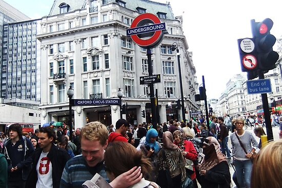 Oxford Circus Station by jlv-