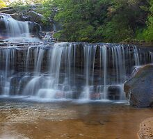 Waterfalls of the Jamison Valley, NSW No3 by Jennifer Bailey
