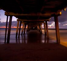 Under the boardwalk  by Tamarama72