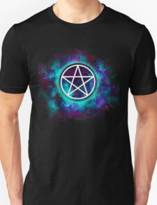 Turquoise & green Wiccan pentacle T-Shirt