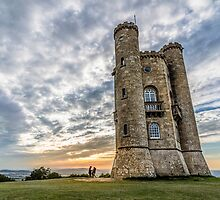 The tower of Broadway at sunset. The Cotswolds by JJFarquitectos