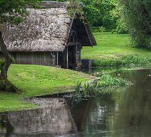 River Avon Boathouse by Mark Johnson