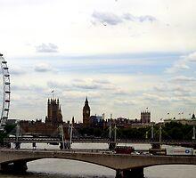 London Skyline  by Samantha Sheldon
