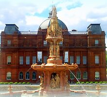 People's Palace & Doulton Fountain ~ Glasgow Green by ©The Creative  Minds
