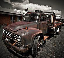 Bedford Truck by Trevor Middleton