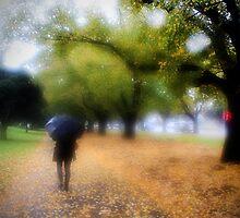 Autumns last breathe. by lauranpavan