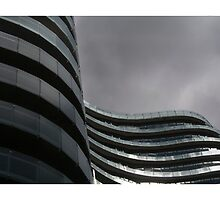 Curves on St Kilda Rd by Milla4