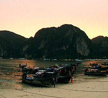 Sunset on Koh Phi Phi by tillia58