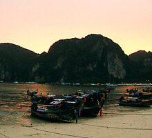 Sunset on Koh Phi Phi by tillia58