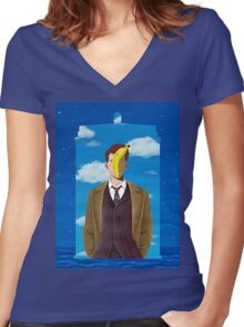 TARDIS and Ten in Magritte style Women's Fitted V-Neck T-Shirt