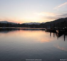Lake Windermere sunset  by toucanjester