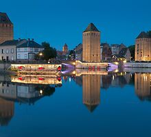 Covered bridge, in the petite france, Strasbourg by PhotoBilbo