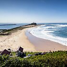 Nobby's Beach - Newcastle by Daniel Rankmore