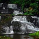 Serenity Falls in Summer by photodug