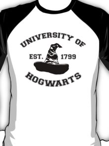 University Of Hogwarts T-Shirt