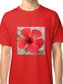 A Stunning Scarlet Hibiscus Tropical Flower Classic T-Shirt