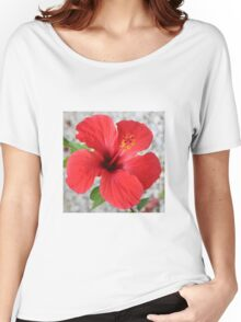 A Stunning Scarlet Hibiscus Tropical Flower Women's Relaxed Fit T-Shirt