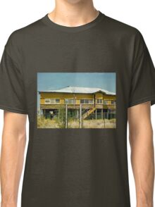 Abandoned Queenslander Classic T-Shirt