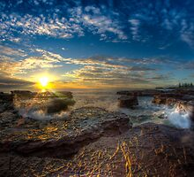 Kiama Sunrise HDR v1 by Toma Iakopo | Tomojo Photography
