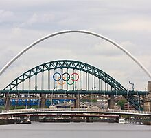 1 River, 6 Bridges, 5 Olympic Rings by David  Parkin