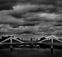 Tradeston Bridge by BrettNDodds