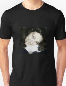 Holly Lo♥e T-Shirt