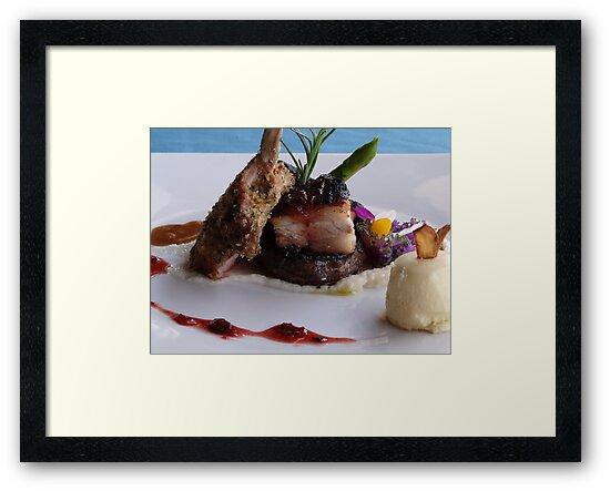 Enjoy Your Meal! - Disfruta Su Plato by Bernhard Matejka