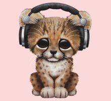 Cute Cheetah Cub Dj Wearing Headphones Kids Tee