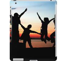 silhouette fun at sunset iPad Case/Skin